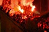 NAC Breda supporters. Fakkel, vuurwerk op de B-side. Foto: Maurice van Steen