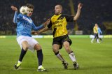 (L-R) Nils Roseler of VVV Venlo, Anthony Lurling of NAC Breda