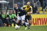 (L-R) Robbie Haemhouts of Willem II, Anthony Lurling of NAC Breda