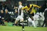 (L-R) Mike te Wierik of Heracles Almelo,  Jeffrey Sarpong of NAC Breda