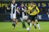 (L-R) Ben Rienstra of Heracles Almelo, Simon Cziommer of Heracles Almelo, Mats Seuntjens of NAC Breda