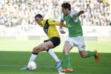 (L-R) Uros Matic of NAC Breda, Daryl Janmaat of Feyenoord